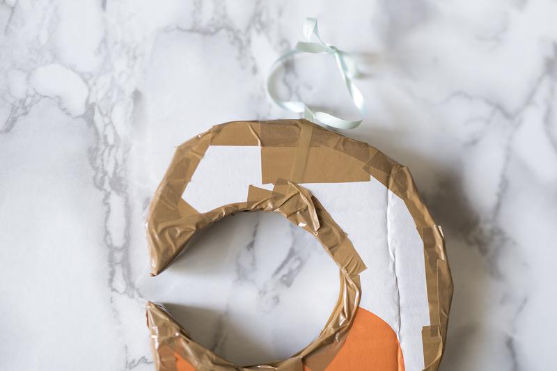 DIY : La piñata demi-lune en carton par Minabulle tuto anniversaire jeux enfants