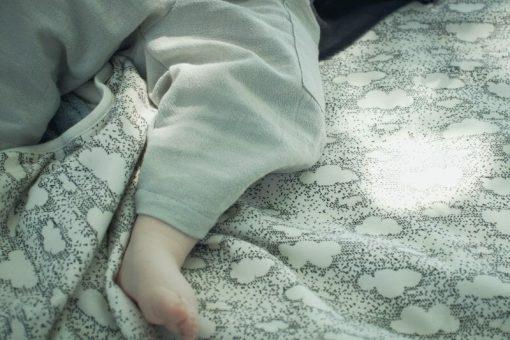 pantalon bébé Minabulle en crêpe de coton gris