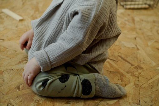 pantalon legging pour bébé imprimé lunes et blouse mixte en gaze bio