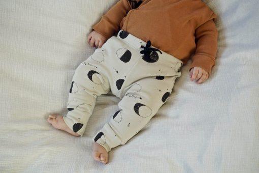 Legging bébé et enfant imprimé lunes en coton bio