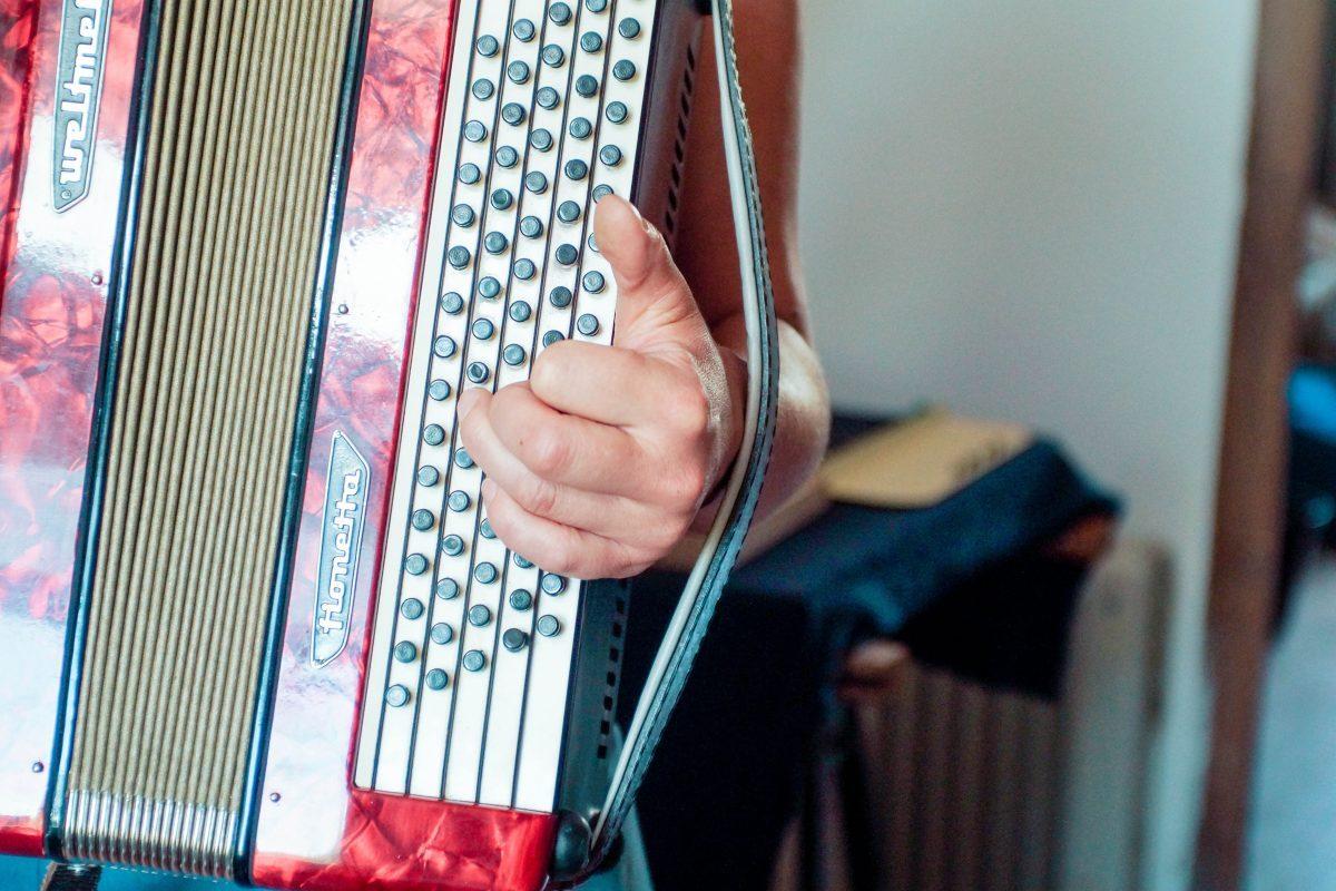 Pauline facteure d'accordéon