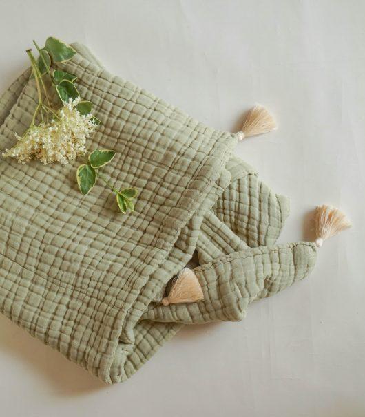 détacher un vêtement avec produits naturels